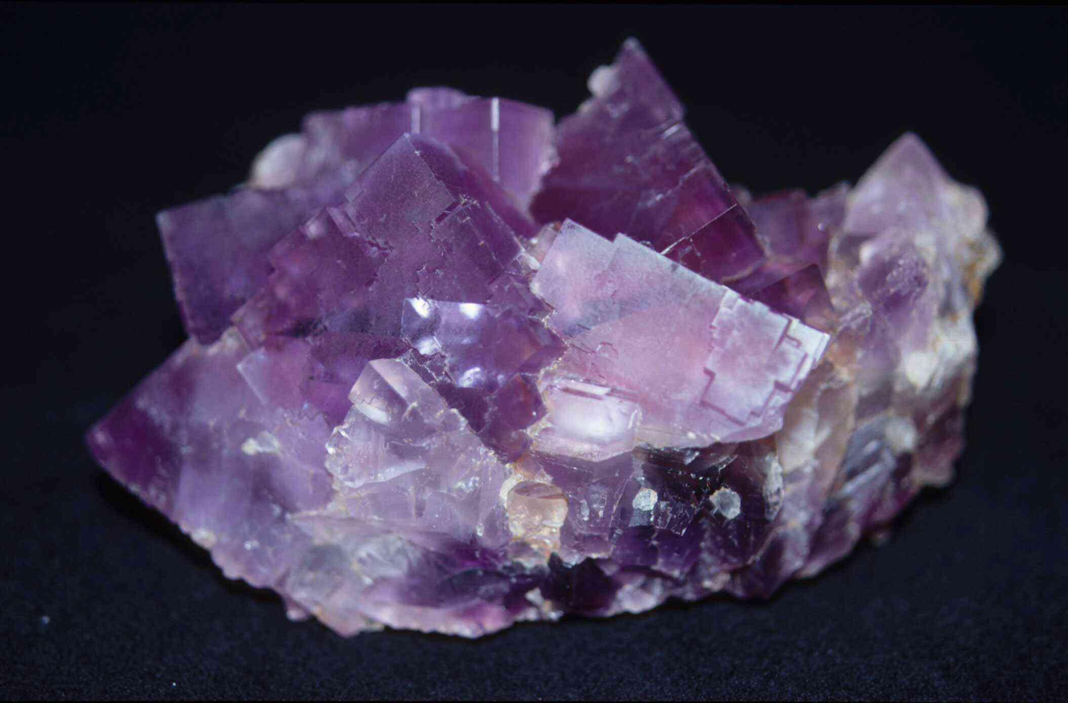 003. Fluorite-WL